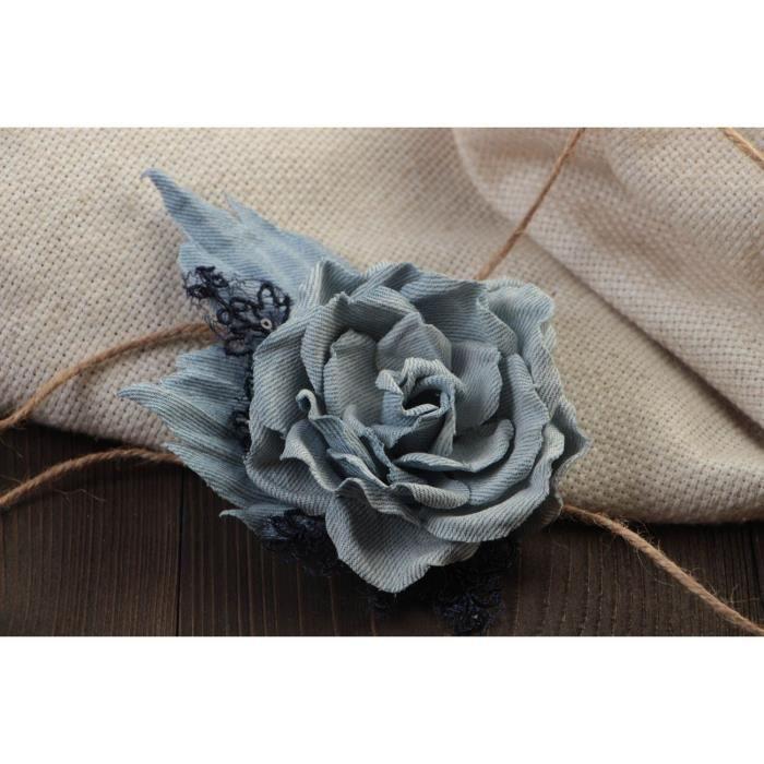 Broche fleur en tissu pince à cheveux jean faite main design de créateur 95a9d80e4e4