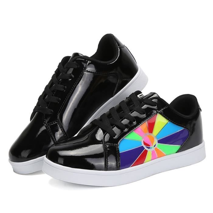 Enfants Loisirs chaussures Chaussures fluorescentes d'écranGarçons filles Bébé LED 7 Couleur USB Chaussures de sport Chaussures