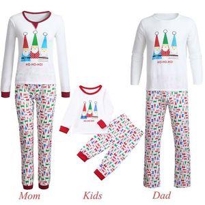 300cb8ad755c8 Ensemble de vêtements Noël Femmes Maman Cartoon Père Noël Lettre Imprime