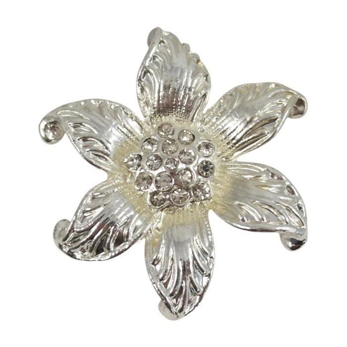 Clip pour écharpe, Broche, Echarpe de Cravate, argenté en forme de fleur  avec diamants. 8c68e0e3e59