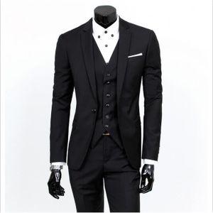 COSTUME - TAILLEUR Costume trois pièces Slim Fit par Cloud Style ... 9066096f0e9