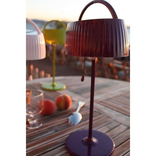 lampe solaire de table achat vente lampe solaire de table pas cher cdiscount. Black Bedroom Furniture Sets. Home Design Ideas