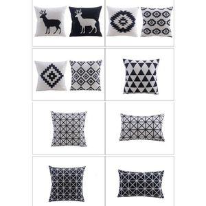 coussin canape noir et blanc achat vente pas cher. Black Bedroom Furniture Sets. Home Design Ideas