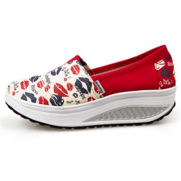 Moccasin Femme personnalité anti-glissement chaussures à plateformes Printemps et été Mode Femmes Moccasins Plus De Couleur