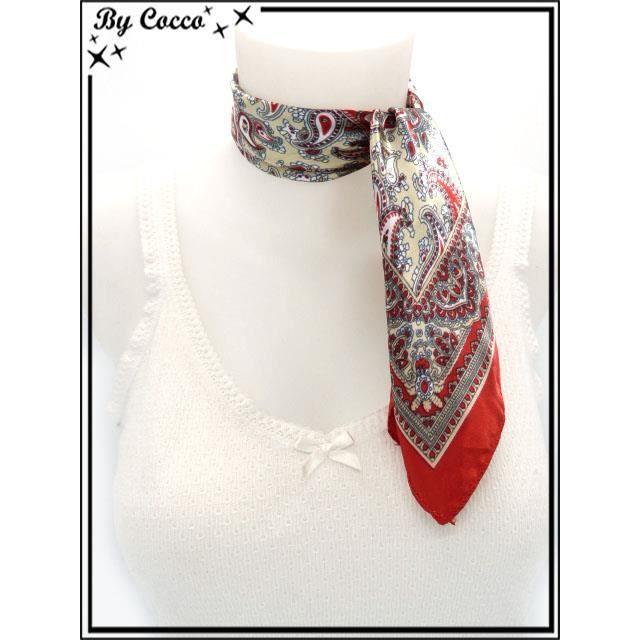 Accessoire Mode   Echarpe - Foulard - Cheche   Echarpe - Foulard - Cheche -  Carré satin - Fond beige - Arabesques et bordure rouges 2207765355a