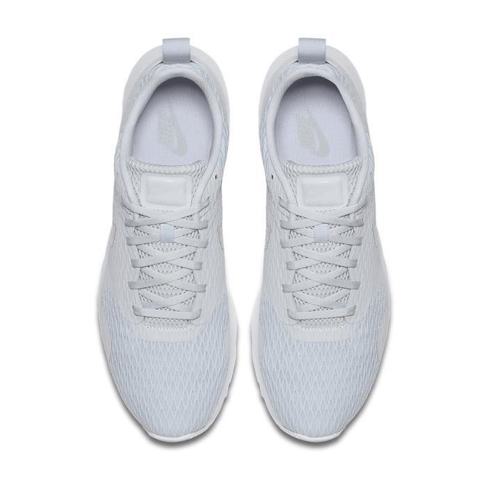 NIKE Baskets Air Max Tavas Chaussures Homme