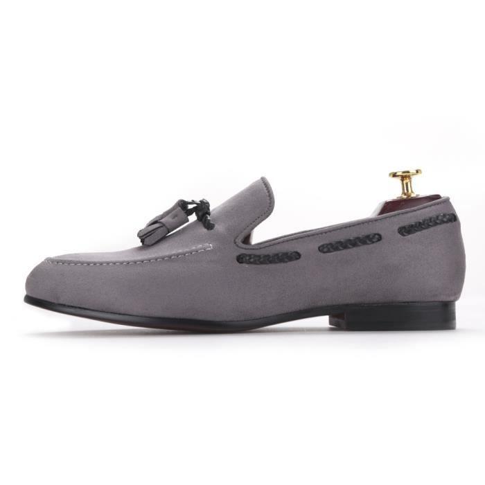 2017 Fait à la main des hommes chaussures de velours avec un nouveau design style britannique Tassel Party Hommes Chaussures Casual