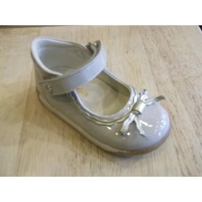 Chaussures bébés. Babies filles Facoltto P21