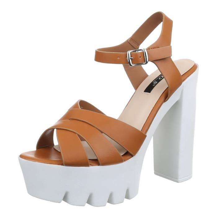 femme chaussure sandalette escarpin talons aiguilles beige