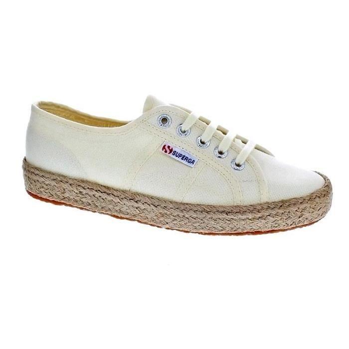 Chaussures Superga Femme Basses modèle S00BVJ0 912