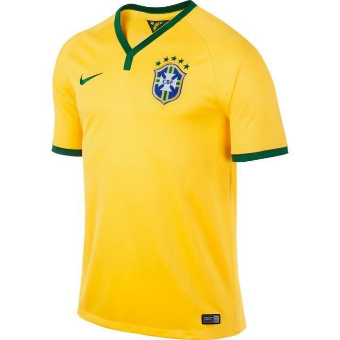 promo code f9dbb ed9ec Maillot de foot Brésil Nike CBF .