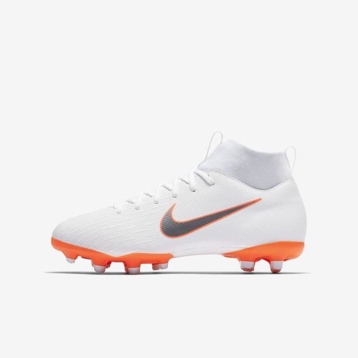 crampons montant nike junior pas cher