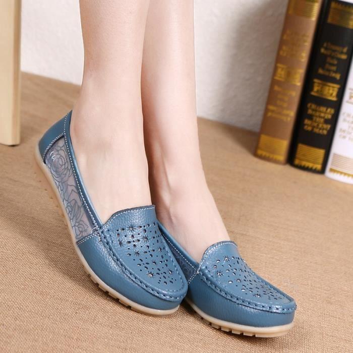 2017 Nouveau Femmes Creux Broderie Mère Chaussures Slip-on simple Chaussures plates Sandales en cuir souple Pois chaussures