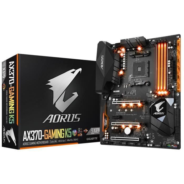 Carte mère AMD Socket AM4 - Chipset : AMD X370 - Mémoire : 4 x DDR4, 64 Go - 3200(O.C.) / 2933(O.C.) / 2667* / 2400 / 2133 MHz - Carte graphique intégrée : HDMI - Audio : Realtek® ALC1220, High Definition Audio - Intel® GbE LANCARTE MERE