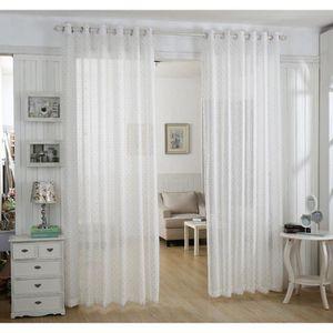 Les rideaux de mousseline fenêtres de rideaux blancs pour le ...