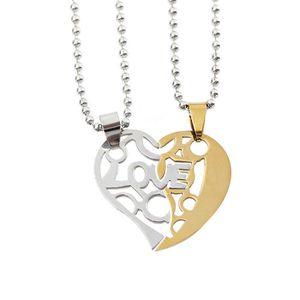 0b14a3bc26f80 SAUTOIR ET COLLIER Une paire en acier inoxydable Lettre amour pendent ...