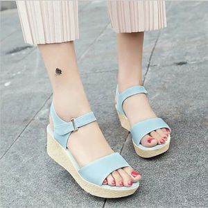 SANDALE - NU-PIEDS Chaussures Femme Compensées Sandales plate-forme O