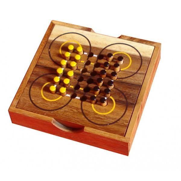 jeu de soci t en bois le surakarta achat vente jeu soci t plateau cdiscount. Black Bedroom Furniture Sets. Home Design Ideas