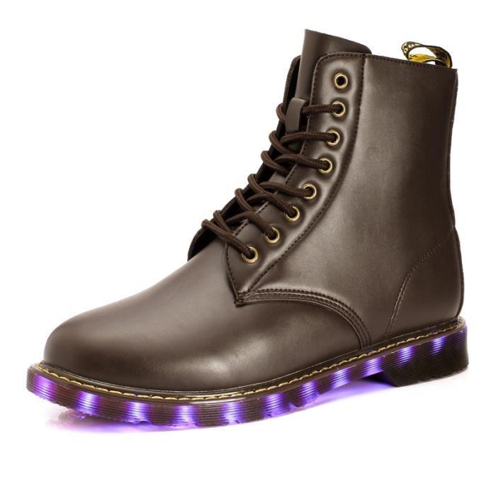 Ceyue Bottes LEDs homme Bottes de neige Bottes d'hiver chaude Bottes en cuir Botte mode Cadeaux de Noël F69CYW