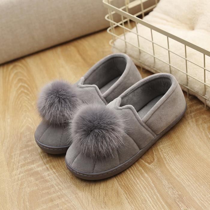 Femmes hiver pantoufles d'intérieur Hairball Anti-Slip Soft Femmes enceintes ChaussuresGris vPhqjtwN
