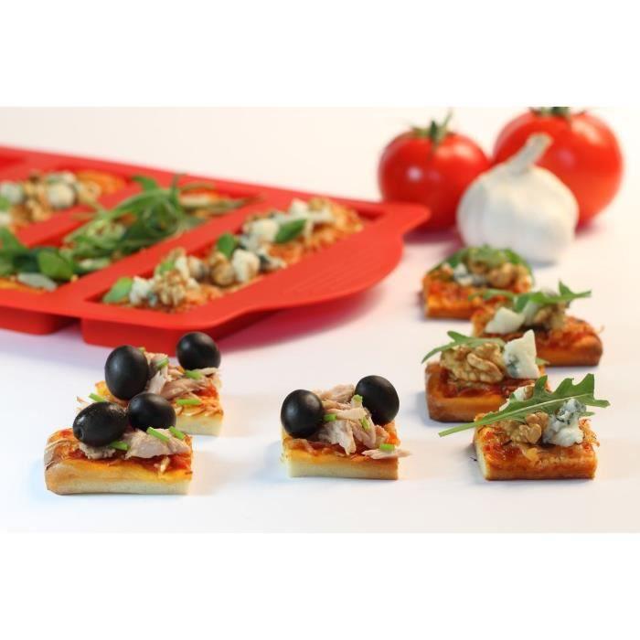 YOKO DESIGN Moule à mini pizza avec emporte-pièce - Rouge