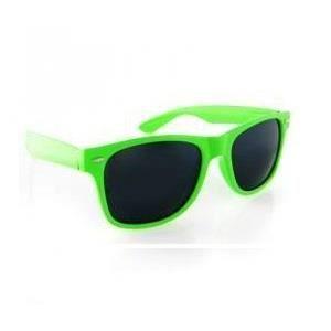 Lunettes de soleil Verte style Wayfarer Vert - Achat   Vente ... 0b2a0d983fc6