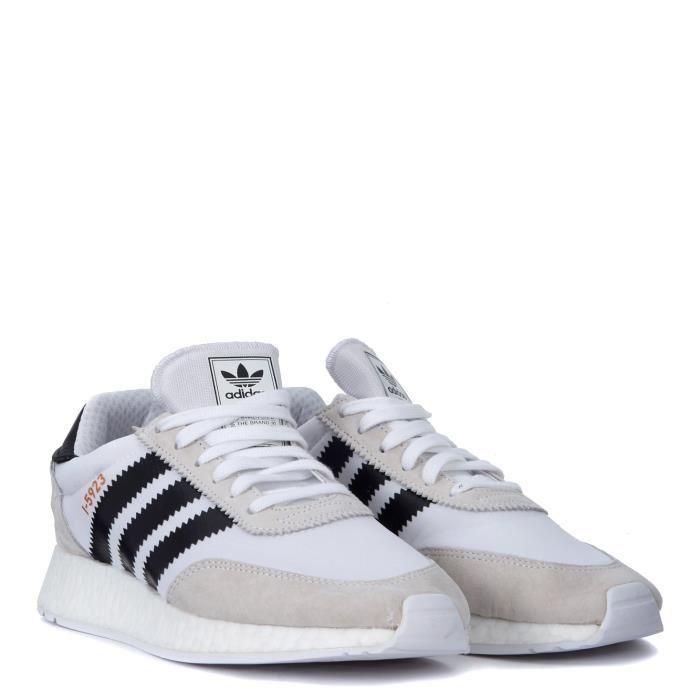 Baskets modèle adidas Originals I-5923 à dessus stretch Résille et nubuck. et enveloppant style vintage caché. Amortissant premier