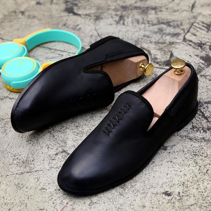 Luxe Mode Hommes cuir Mocassins Chaussures confortables Chaussures Flat Casual Male solides Souliers formels mocassin pour