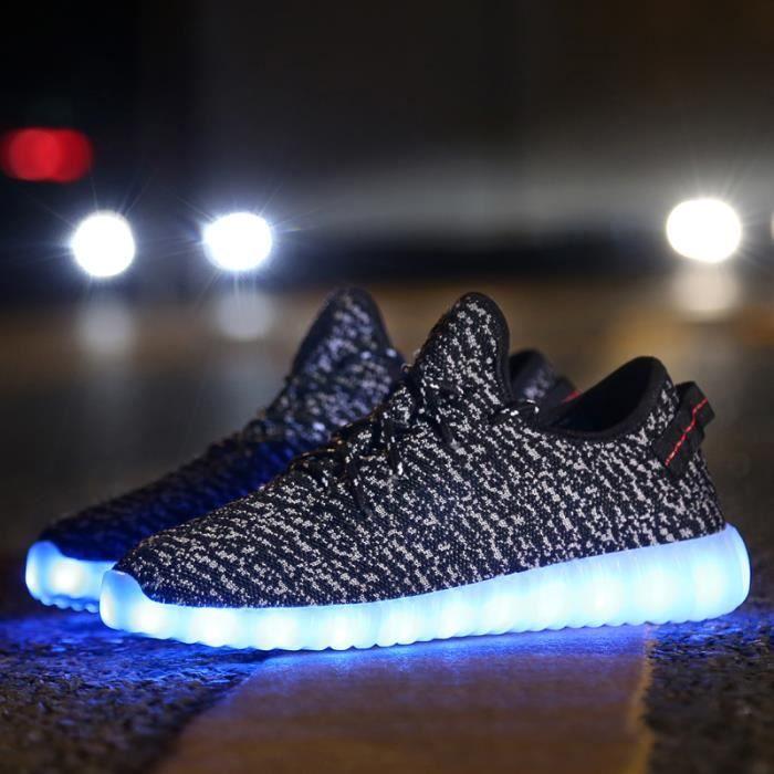 Nouvelle arrivée chaussures de sport chaussures Led Glowing hommes femmes mode lumineux Led Light UP chaussures pour adultes