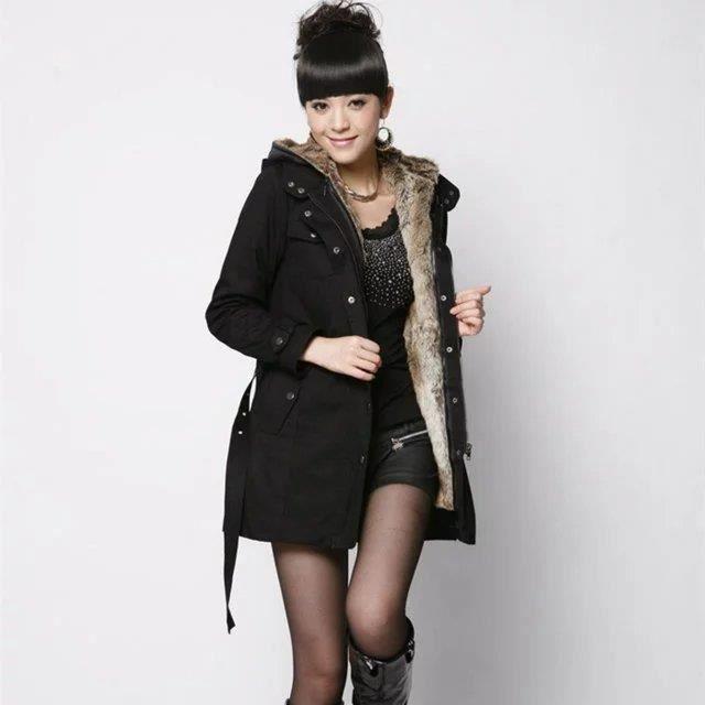 5c813c5a0bdc8 Épaissir femmes en fausse fourrure Doublure Manteau Ceinture design de  grande taille Manteau à capuche Moyen long hiver Manteaux .