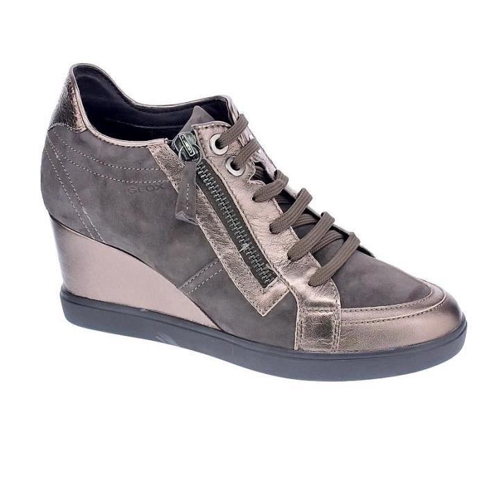 Chaussures Geox Femme avec lacet modèle Eleni Marron Marron
