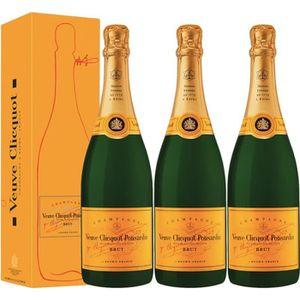 CHAMPAGNE Lot 3 Champagnes Veuve Clicquot Brut Carte Jaune 7