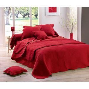 couvre lit matelass 220x240 boutis uni rouge achat vente jet e de lit boutis soldes. Black Bedroom Furniture Sets. Home Design Ideas