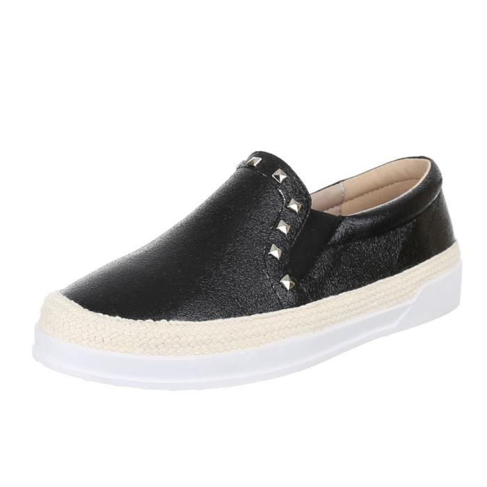 Chaussures femmes flâneurs chausson avec rivetage noir