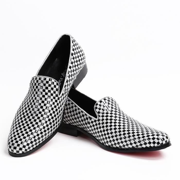 Marque 2017 Handmade Hommes Chaussures Flats noir et blanc à carreaux Party banquet hommes grande taille 38-47
