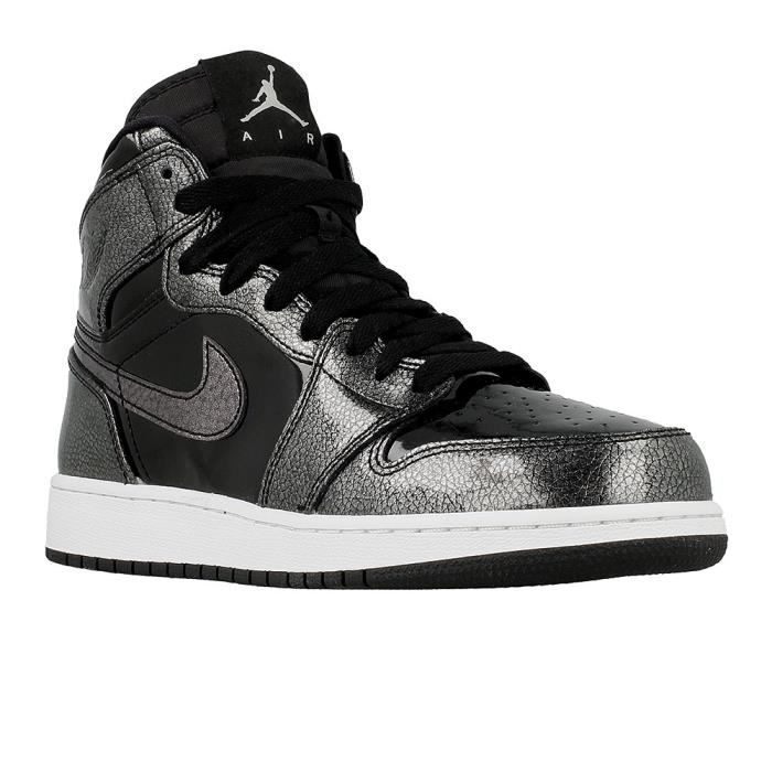 more photos a54ca c0516 BASKET Chaussures Nike Air Jordan 1 Retro High
