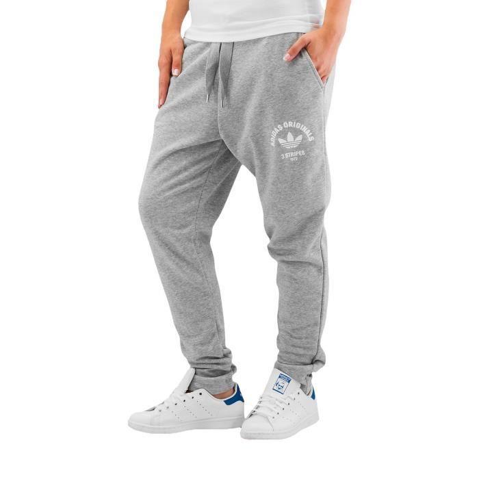 5e144ba3d48c1 Adidas Femme Pantalons   Shorts   Jogging Lowcrotch Cu Track Gris ...