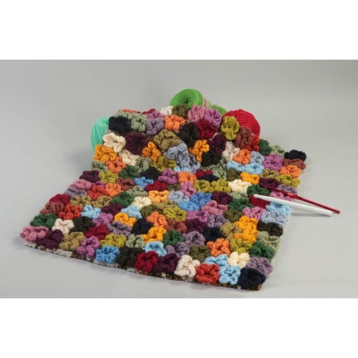 tapis tricot fait main accessoire design deco achat vente objet d coratif cdiscount. Black Bedroom Furniture Sets. Home Design Ideas