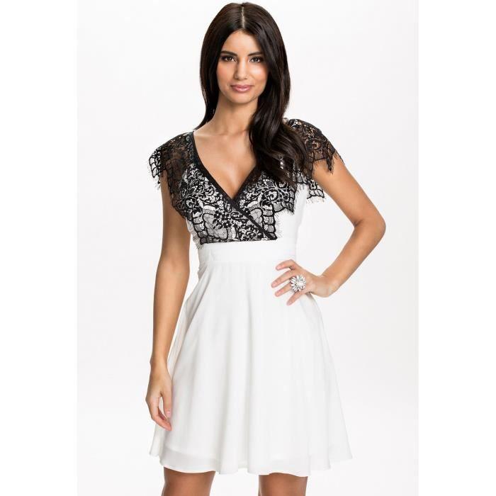 884c67daa0c7 Robe blanche et dentelle noire - Taille Unique Blanc - Achat   Vente ...