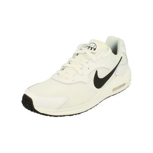 CHAUSSURES DE RUNNING Nike Air Max Guile Hommes Running Trainers 916768