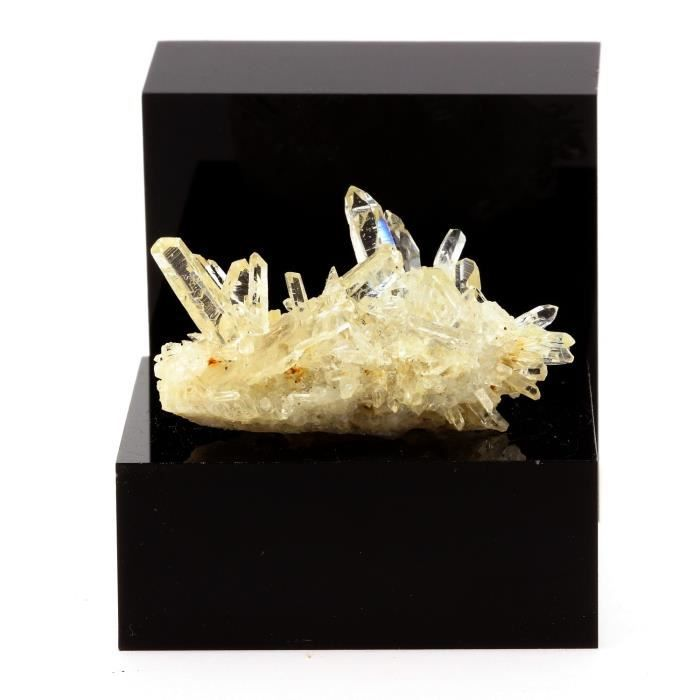 Pierre-Quartz  cristal de roche  et Siderite. 87.9 ct. Le Trou des Chasseurs, Vizille, Isère, France