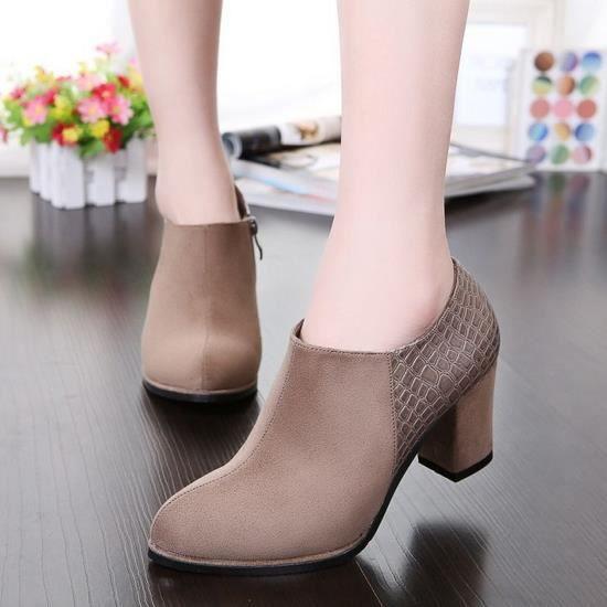 des bottes de cuir épais avec martin a les bottes de bottes de hauts talons en hiver