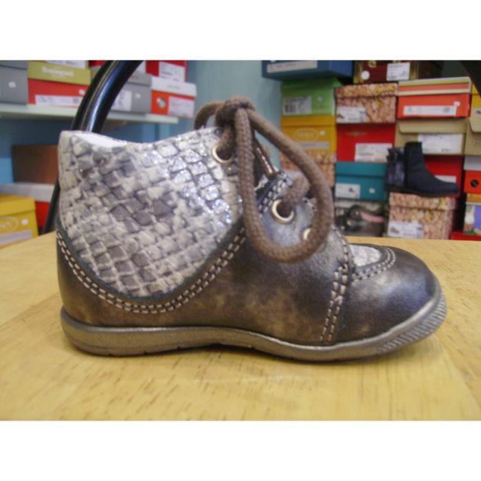 Chaussures enfants. Bottillons bébés filles BELLAMY P18