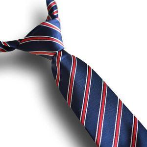 CRAVATE - NŒUD PAPILLON Cravate rayée bleue et rouge, 100% soie (boîte pre
