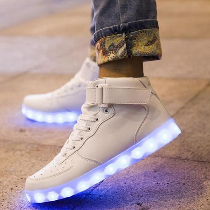 Mode 7 couleurs de LED Lumineux USB de charge Flashing Lights Chaussures Couple Chaussures 36-46 Taille as5Q90smLD
