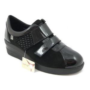 CHAUSSURE TONING Sneaker en cuir brillant et faux daim noir, avec d