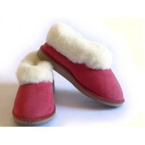 CHAUSSON - PANTOUFLE chaussons en fourrées en peau de mouton Rouge