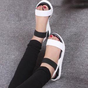 SANDALE - NU-PIEDS Sandales d'été pour femme Chaussures Peep-toe Low