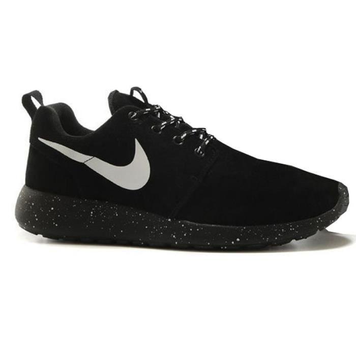 BASKET Basket Nike Roshe Run Noir Dot