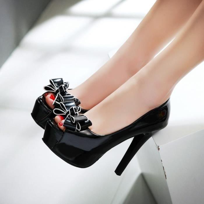 Sandales noir plateforme à talons fleurs minces
